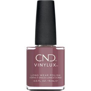 Ny vidunderlig farve fra CND Vinylux efterårskollektion wild romantics. Denne smukke mauve brun-lilla nuance hedder wooded bliss