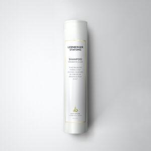 Beroligende shampoo til den sensitive hovedbund