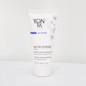 Yonka Nutri Defence cremen er til dig med tør eller meget tør hud. Intens komfort og reparerende egenskaber fra den nærende formel af essentielle fedtsyrer.
